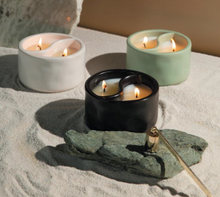 Load image into Gallery viewer, 11 Oz Yin-Yang Palo Santo + Cade Candle