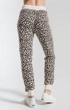 Load image into Gallery viewer, The Multi Leopard Jogger