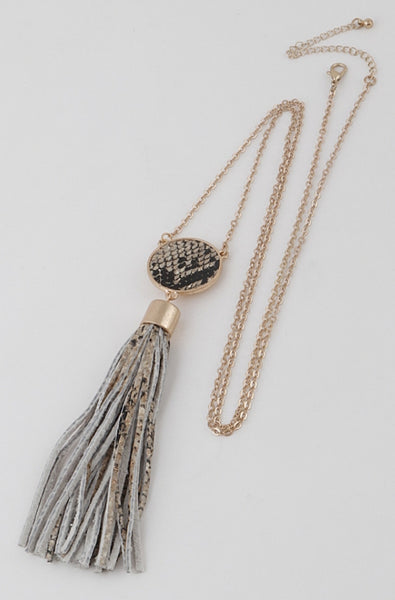 Tassel Necklace - Wild-Bunny-