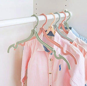 Telescopic Folding Clothes-Hanger