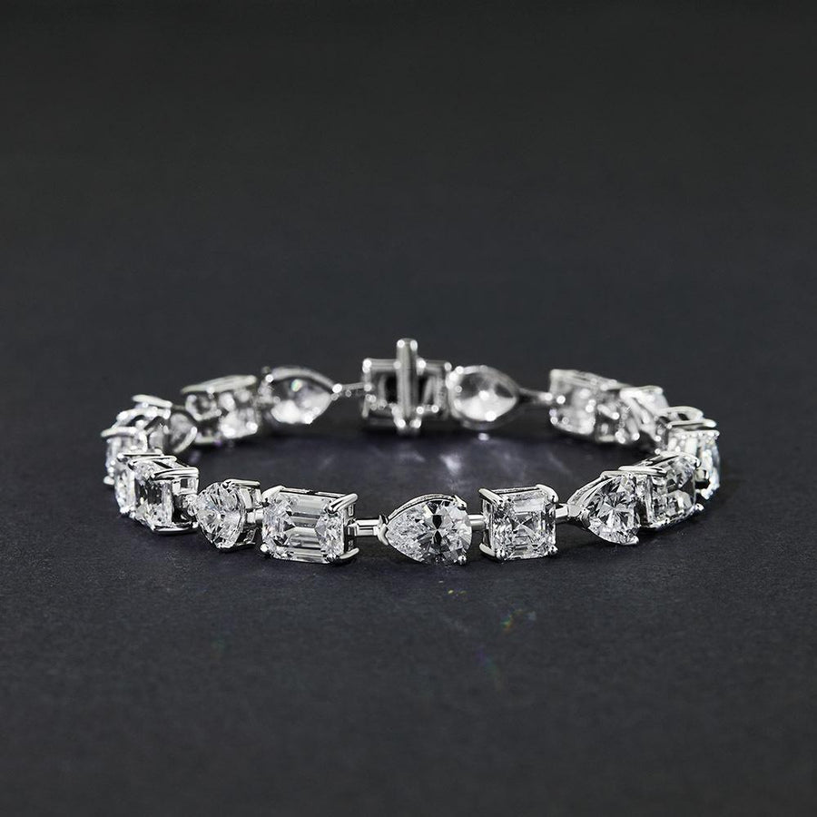 Hellojewelr Stunning Unique Design Bracelet for Women In Sterling Silver