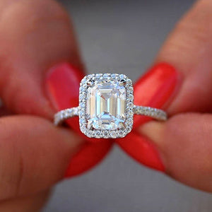 Hellojewelr Sterling Silver Halo 4.0 Carat Emerald Cut Engagement Ring
