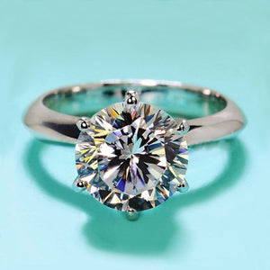 Hellojewelr Sterling Silver Classic 2.0 Carat Round Cut Solitaire Engagement Ring