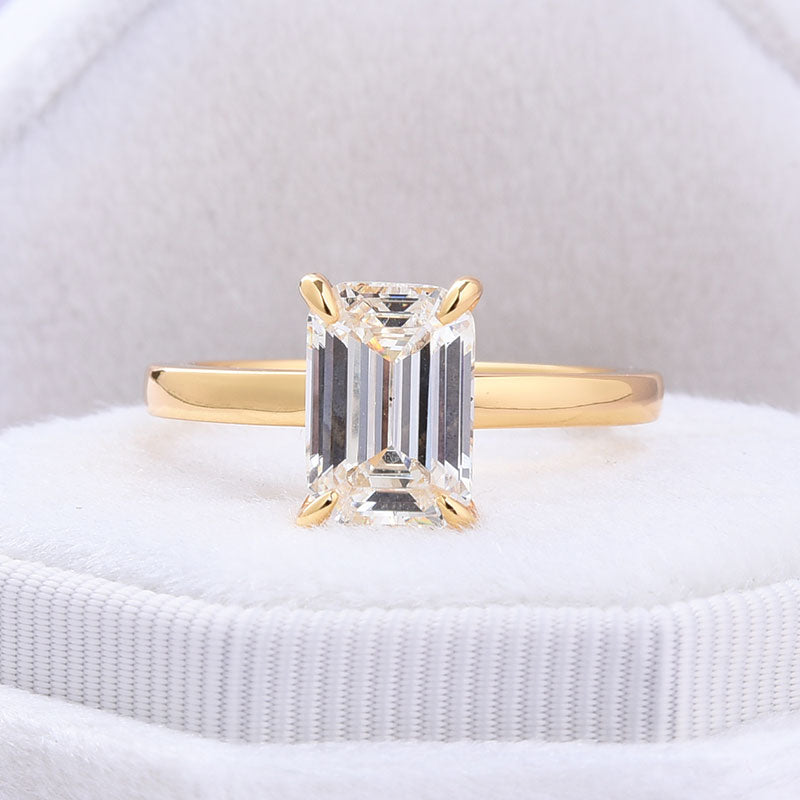 Hellojewelr Yellow Gold 5.0 Carat Emerald Cut Solitaire Engagement Ring