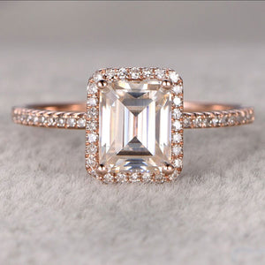 Hellojewelr Rose Gold 4.0 Carat Emerald Cut Halo Engagement Ring