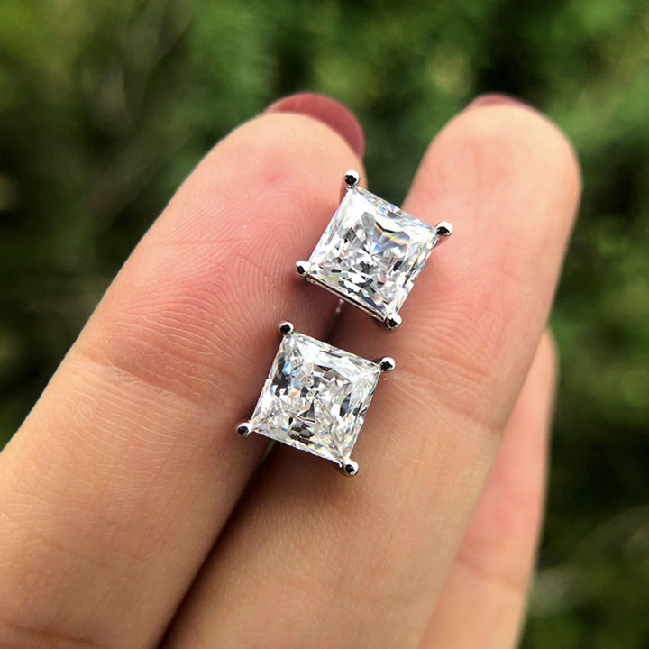 Hellojewelr Sterling Silver Classic Princess Cut Stud Earrings
