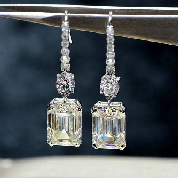 Hellojewelr Sterling Silver Luxury Emerald Cut Drop Earrings