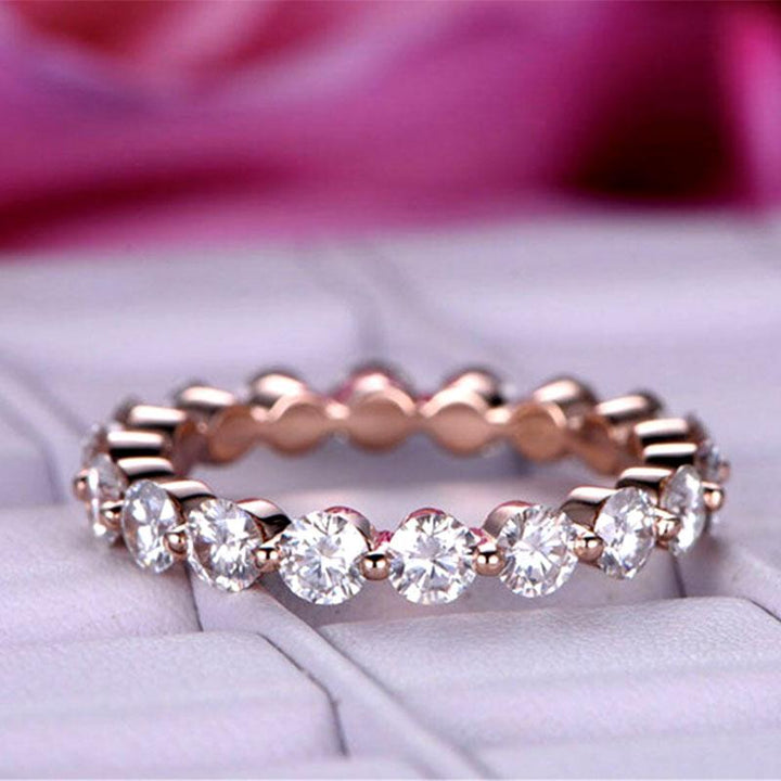 Hellojewelr Rose Gold Eternity Round Cut Wedding Band In Sterling Silver