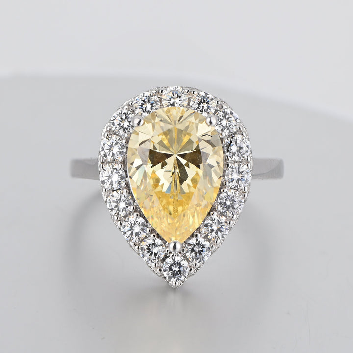 Hellojewelr Simulated 4.0 Carat Diamond Pear Cut Halo Engagement Ring for Her