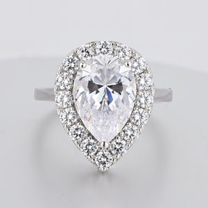 Hellojewelr Yellow Stone 4.0 Carat Pear Cut Halo Engagement Ring for Her