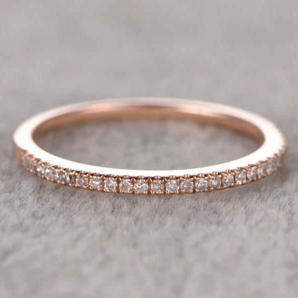 Hellojewelr Rose Gold Classic Round Cut Women's Wedding Band