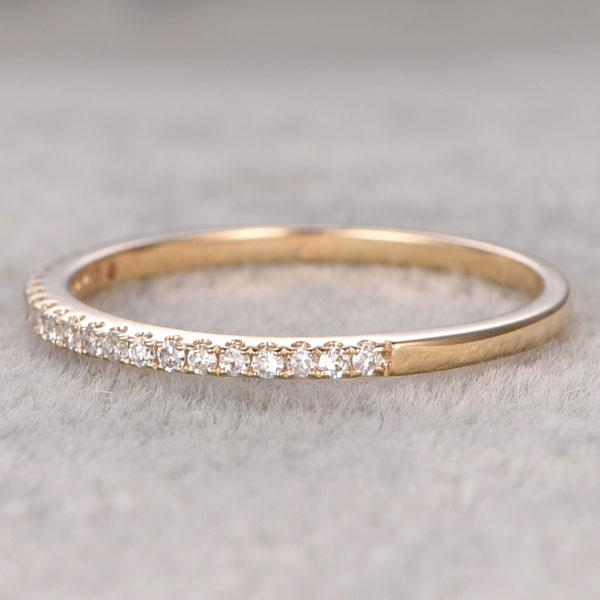 Hellojewelr Yellow Gold Classic Round Cut Women's Wedding Band