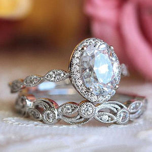 Hellojewelr Vintage Leaf & Vine Art Deco Halo Oval Cut Bridal Set