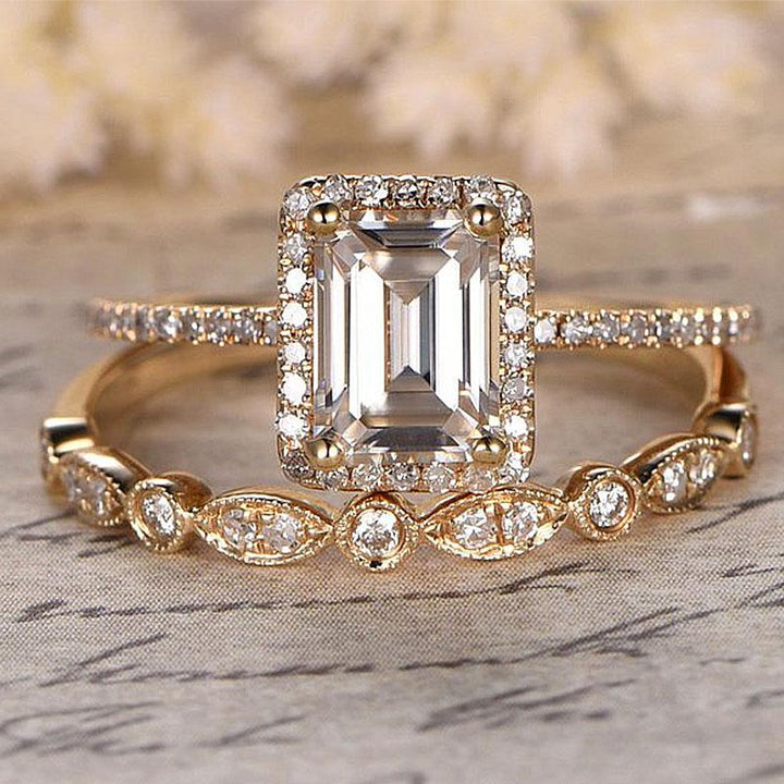 Hellojewelr Yellow Gold 3.0 Carat Emerald Cut Women's Bridal Set