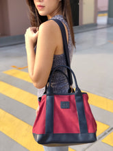 Los Angeles Tote Bag in Maroon