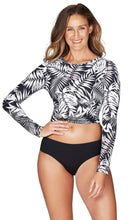 Load image into Gallery viewer, MOROCCO LONG SLEEVE CROP RASHIE