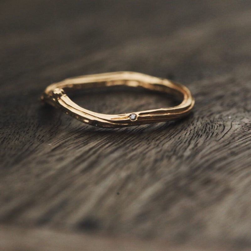 Holly Wedding Band