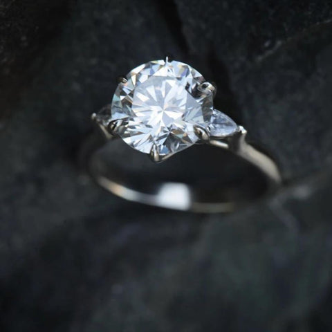 Three-stone Isela Ring with 3.19 Carat GIA-Graded Diamond