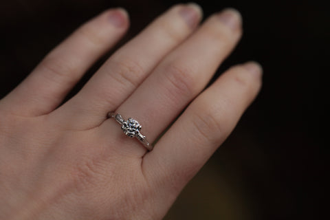 14k White Gold Twig Ring with silver moissanite