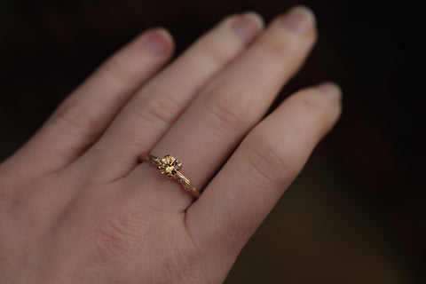 18k Gold Twig Ring with natural yellow sapphire
