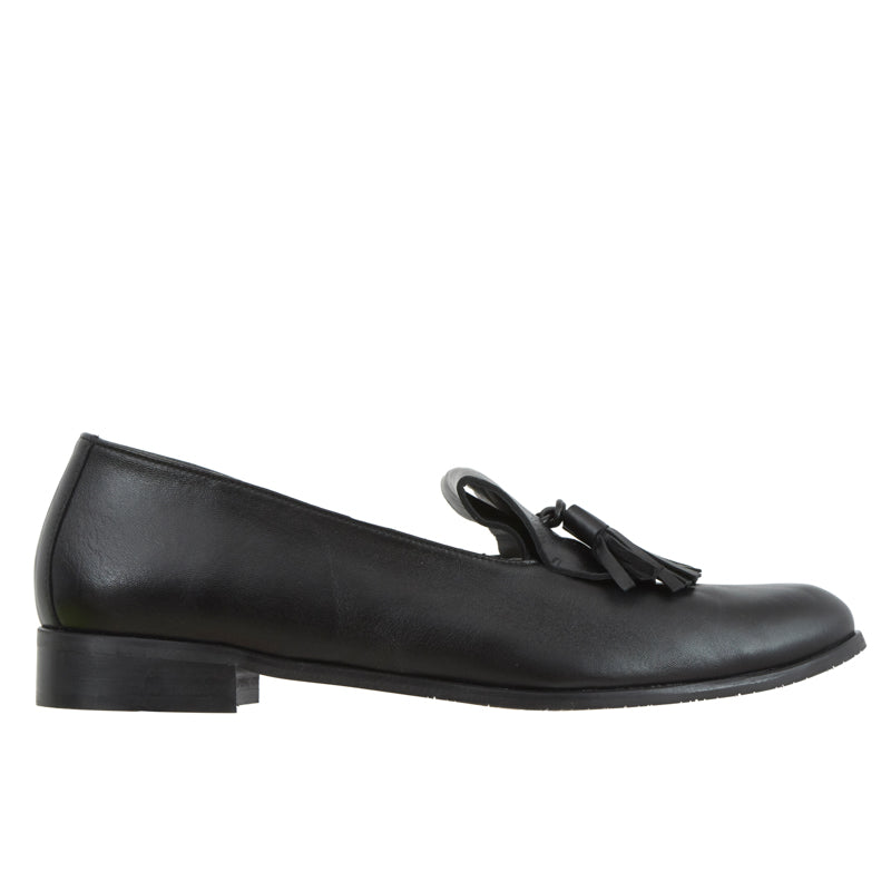 Ananda black loafer