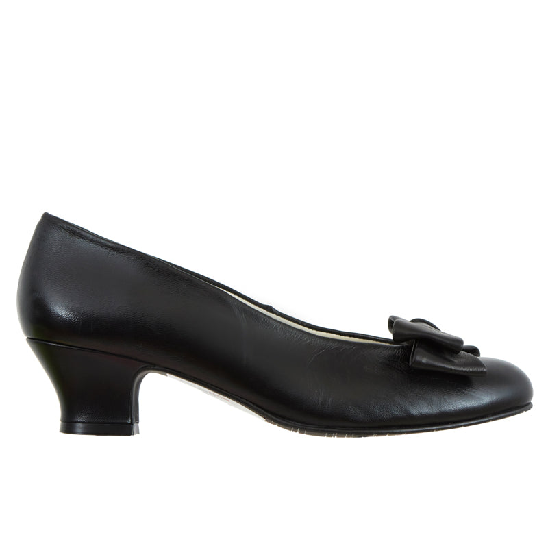 Shanti black leather with black leather bow