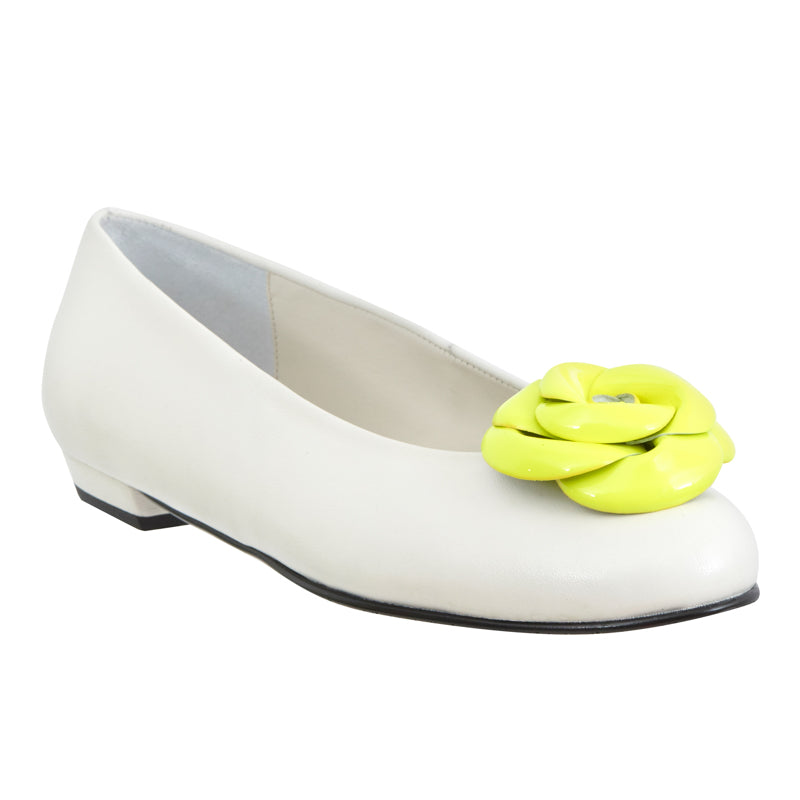 Yama white leather fluo yellow flower