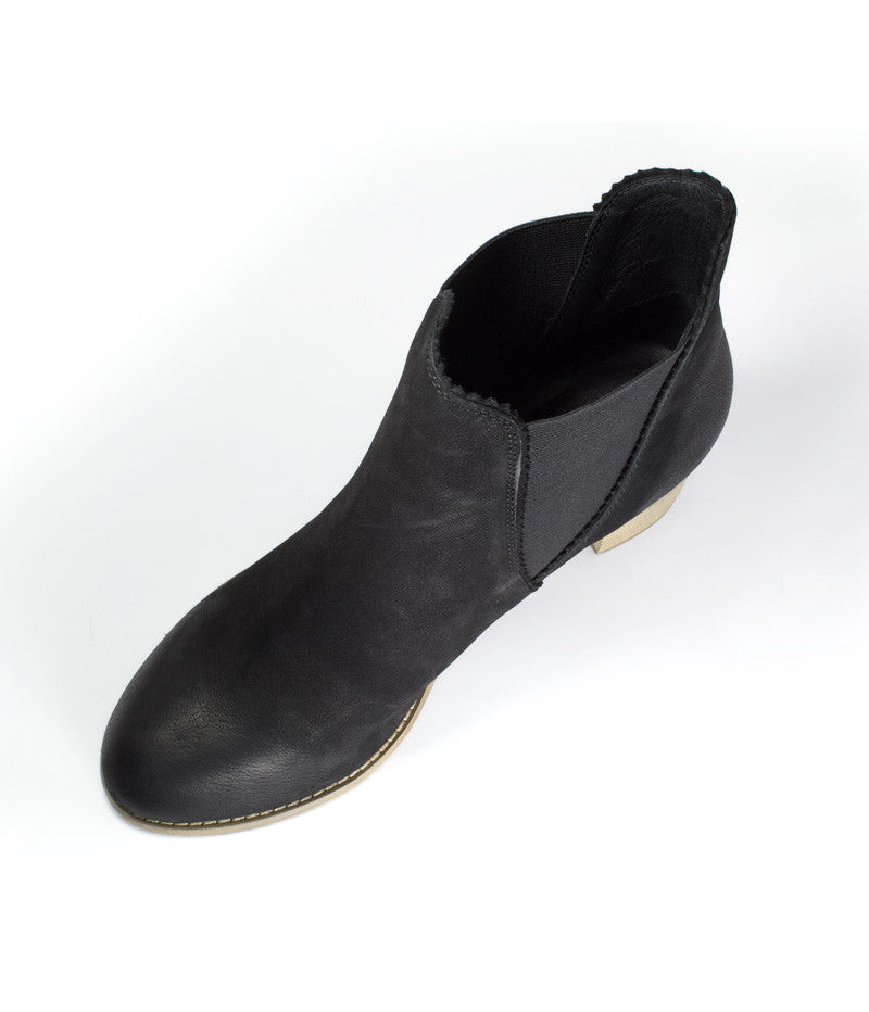 Sadore Boot - Black Nubuck