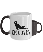 Kneady Color Changing Coffee Mug, Gift For Cat Lovers, Novelty Coffee Mugs Gift For Her, Sister, Friend, Birthday, Just Because Present Ideas For Cat Lovers