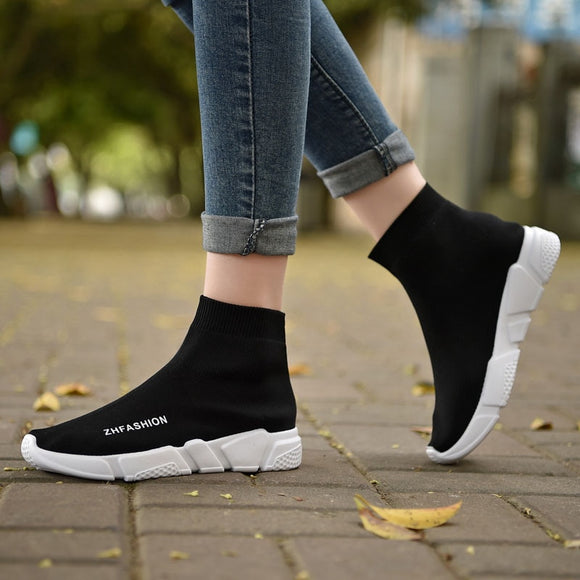 Light High Top New Breathable Flying Socks Shoes Women Sports Elastic Socks Sneakers Woman Ladies Flat Running Walking Shoes