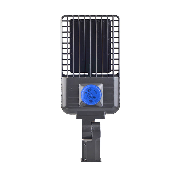 200 Watt LED Shoebox With Photocell 26000LM