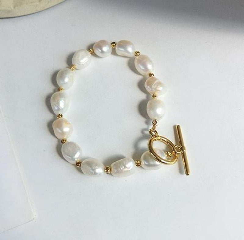 Boutique Style Jewelry Pearl Gold Toggle Statement Bracelet | Chain & Link Bracelets