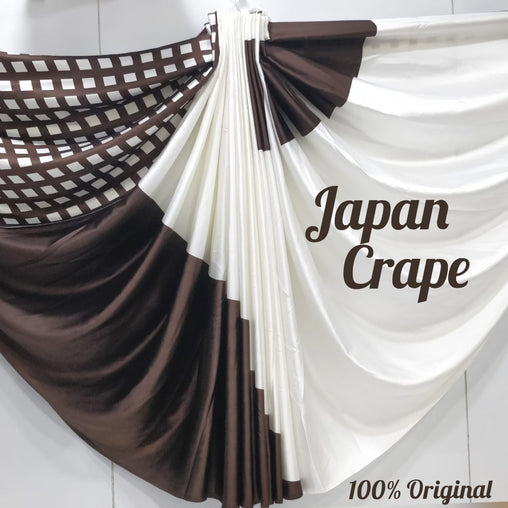 japan crape  saree(white,lightmaroon)