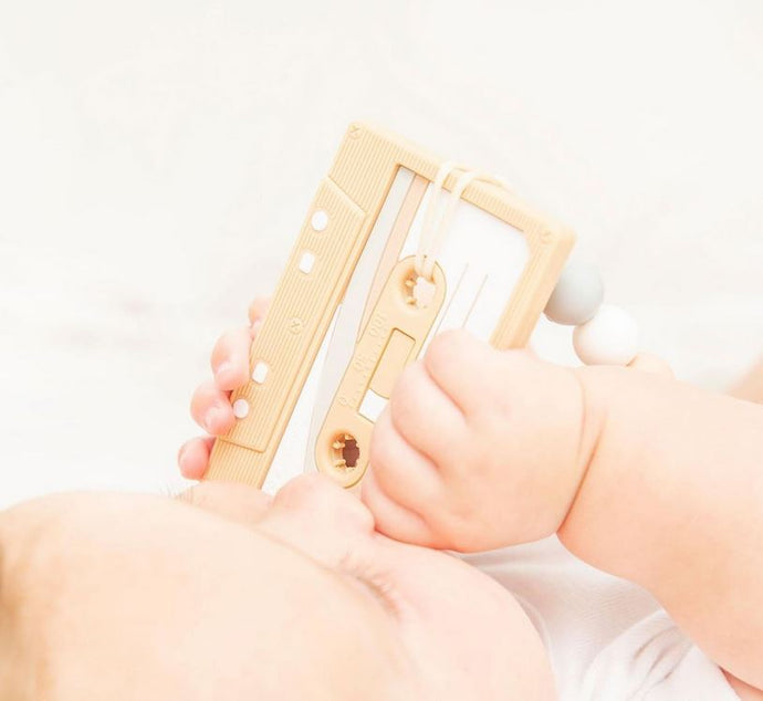 Clip & Teether: Casette Tape - Oatmeal