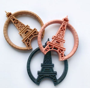 Clip & Teether: Eiffel Tower - Black