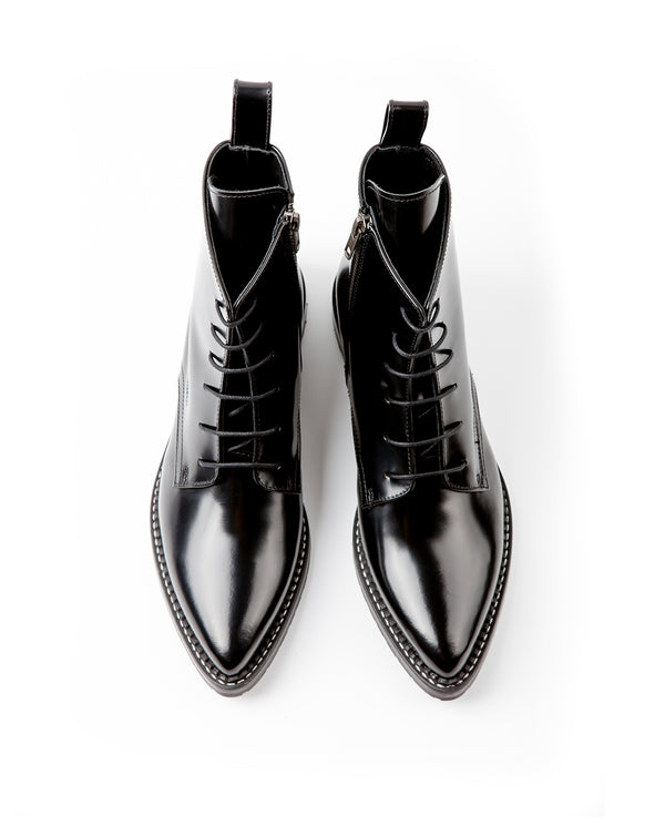 DAPPER POINTED TOE LACE-UP BOOTS