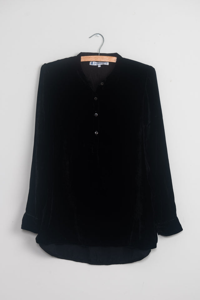 Long Back Shirt in black silk velvet