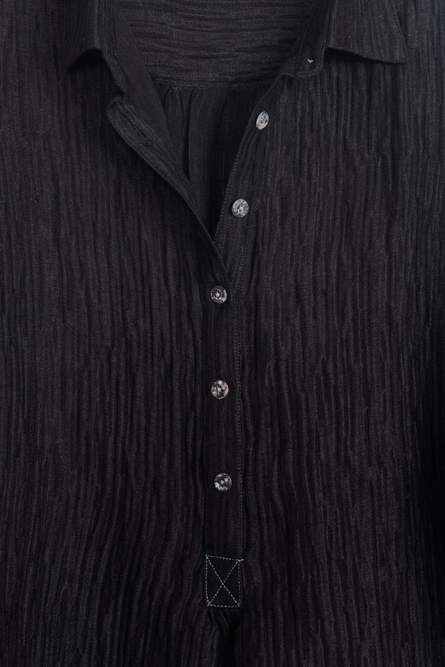 Collar shirt in black handloom silk linen *one remaining*