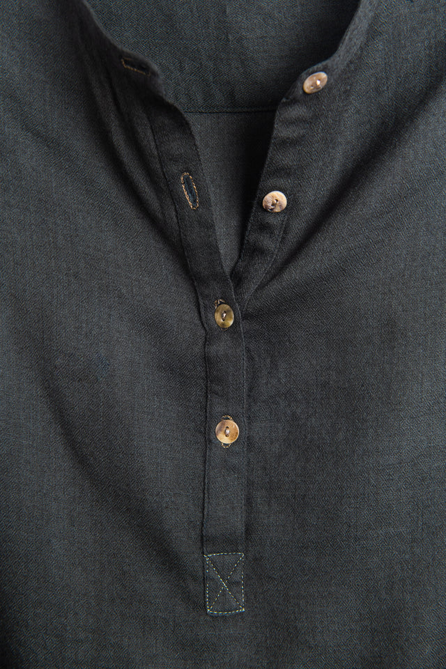 Long back shirt in soft khaki green fine wool
