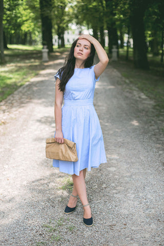 Carolina Baszak Blue Dress Tan Lunch Full Body