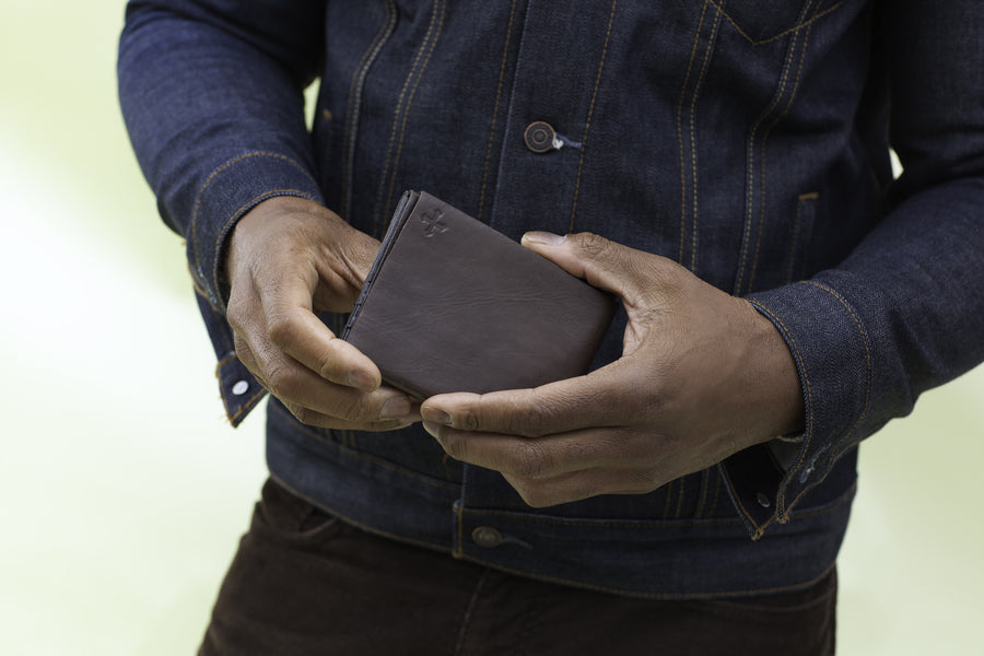 The Minimalist Origami Wallet - Chocolate
