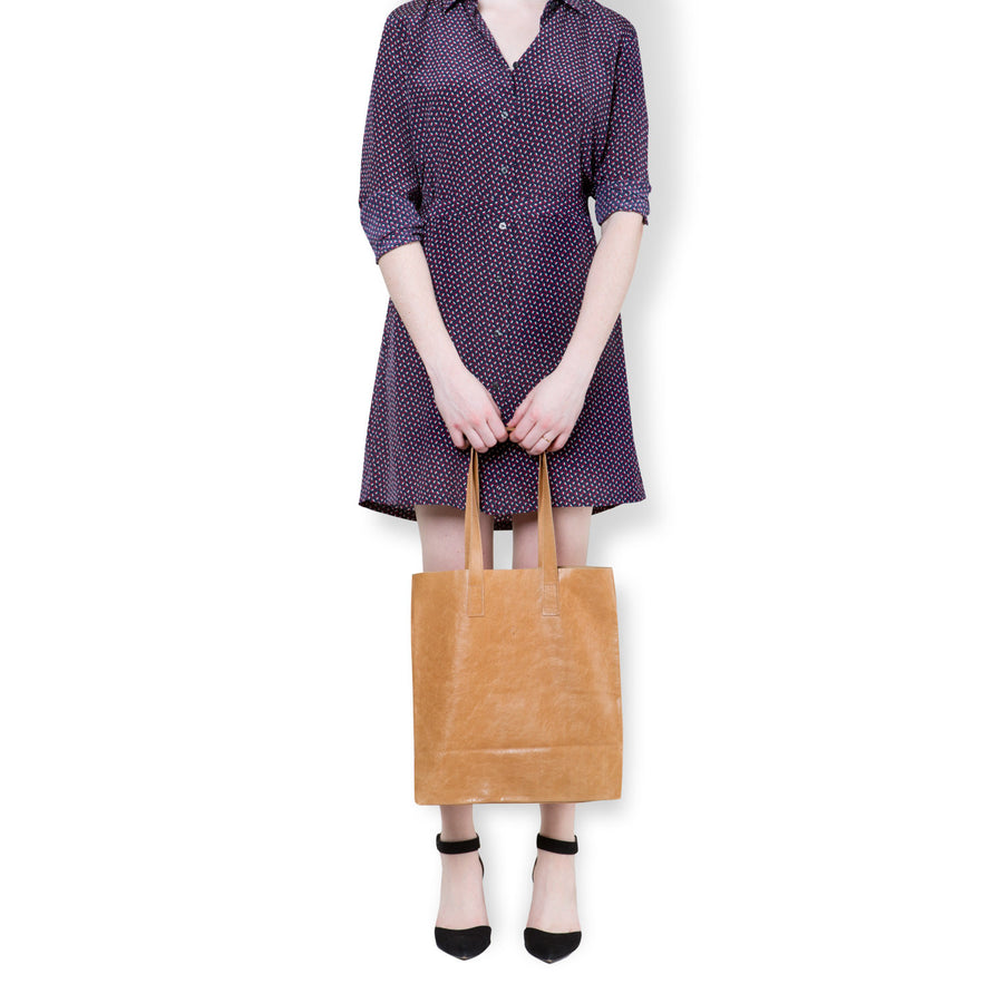 Marie Turnor Trader Tote bag