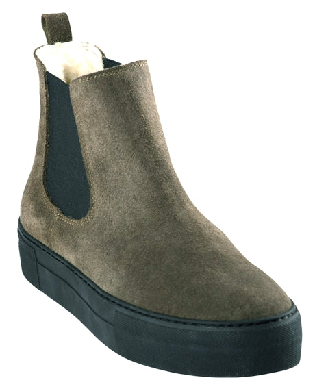 Amber Ankle Boot in Suede