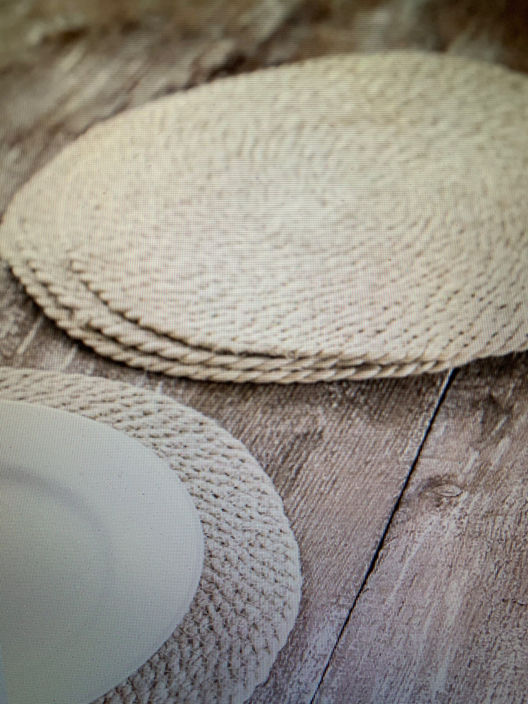 Set of Four Placemats in Woven Jute