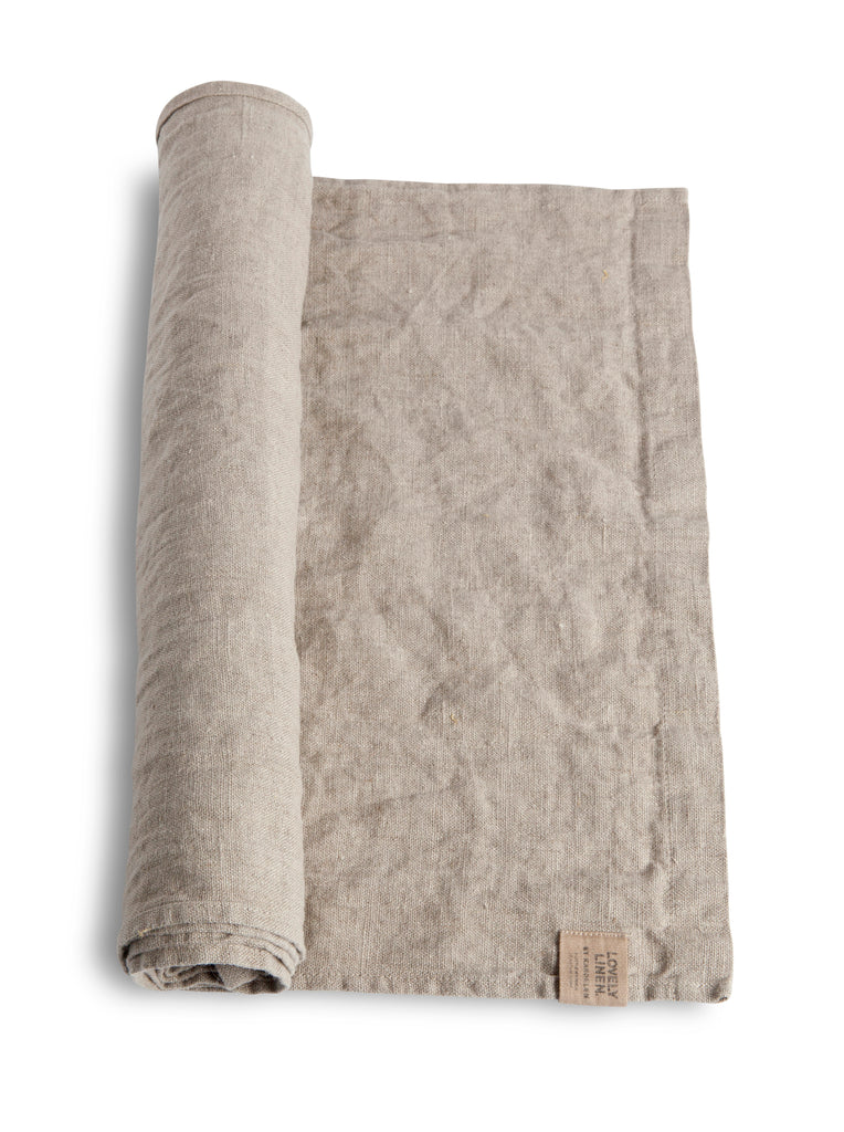 Lovely Linen Runner