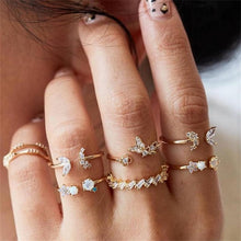 Load image into Gallery viewer, Crown Water Drops Stars Geometric Crystal Ring Set