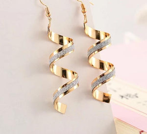 Women's Acrylic Drop Earrings