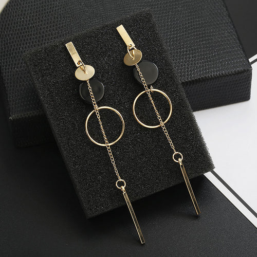 Long Slope Geometric asymmetry Rhinestone circle earrings