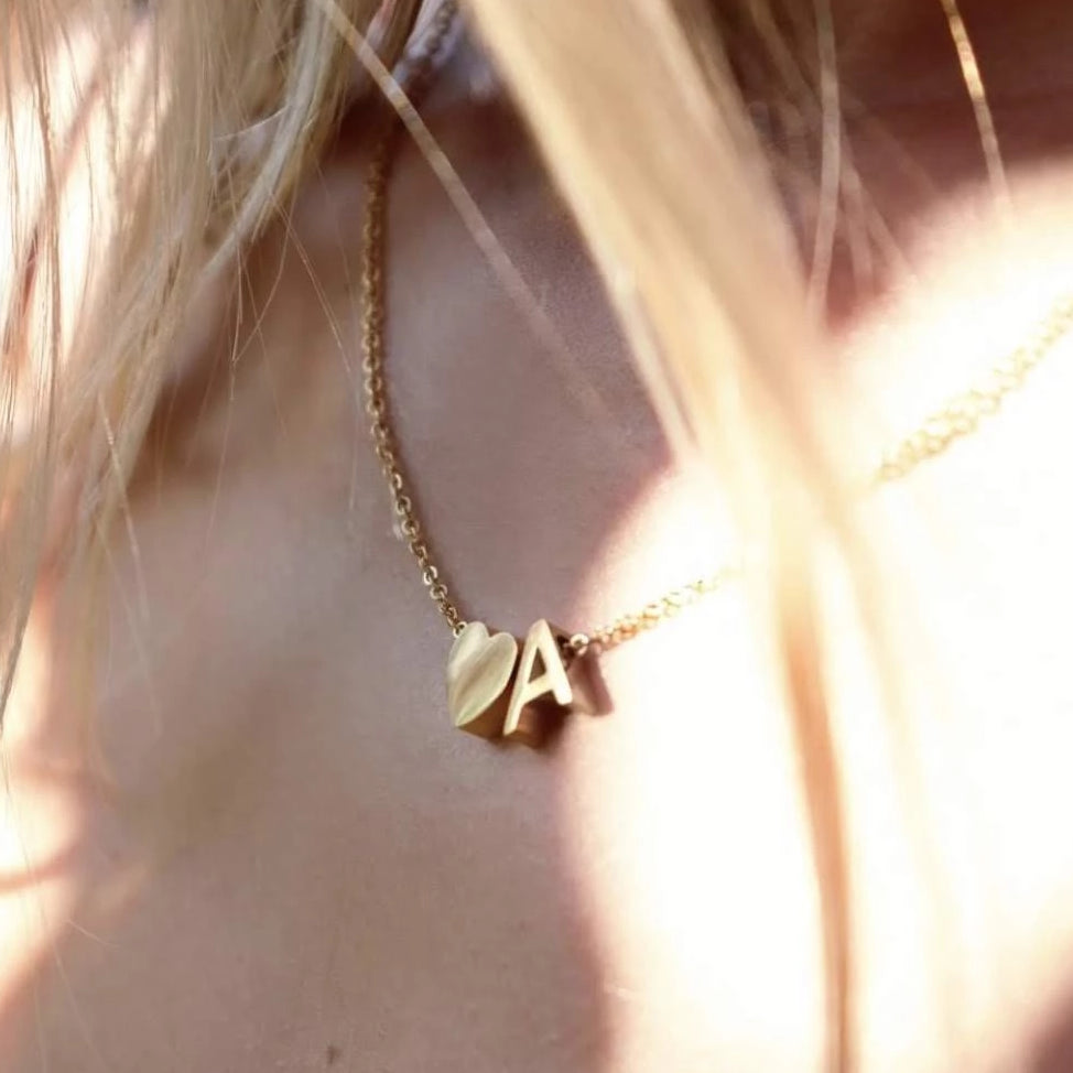 collier coeur initiale