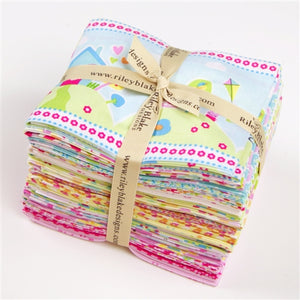 Sweet Home Fat Quarter Bundle - 18 pcs